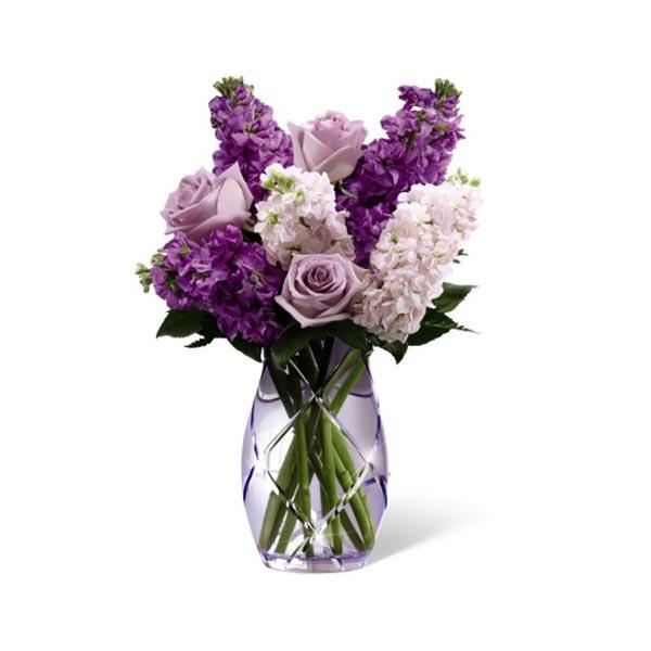 des roses et girofl es lavande sont accentu s de girofl es roses et de tr s belle verdure pour. Black Bedroom Furniture Sets. Home Design Ideas